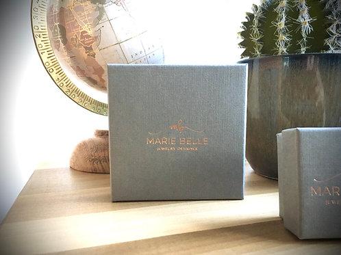 Geschenk verpakking groot (ketting of grote oorbellen)