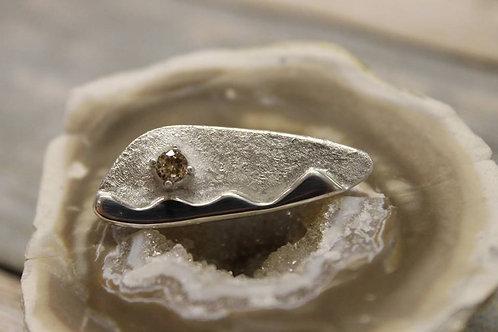Zilveren broche (fijn zilver 999) met champagnekleurige zirkoon