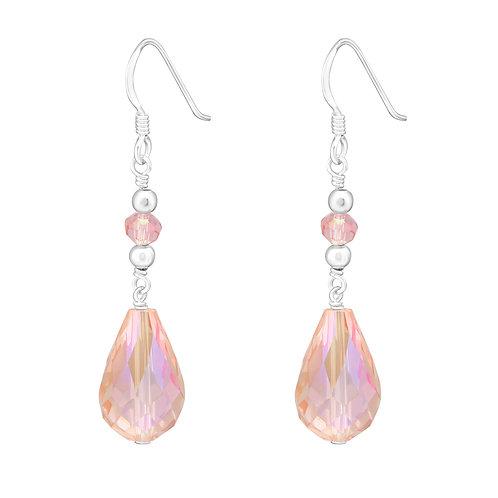 Elegante oorhanger met roze druppel