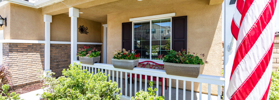 24896 Coldwater Canyon Tr-ext-2.jpg