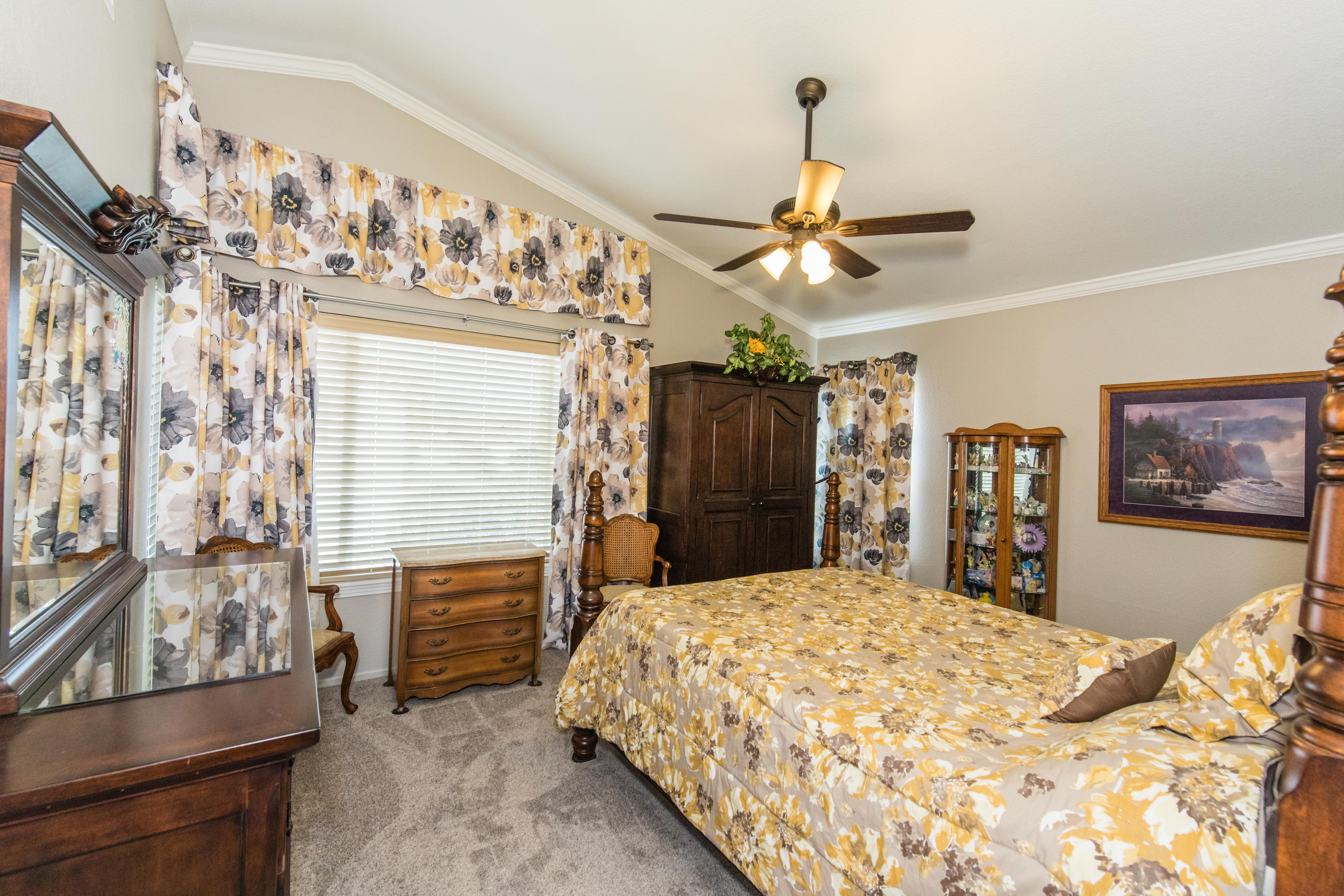 30582 Lake Pointe Dr-int-28