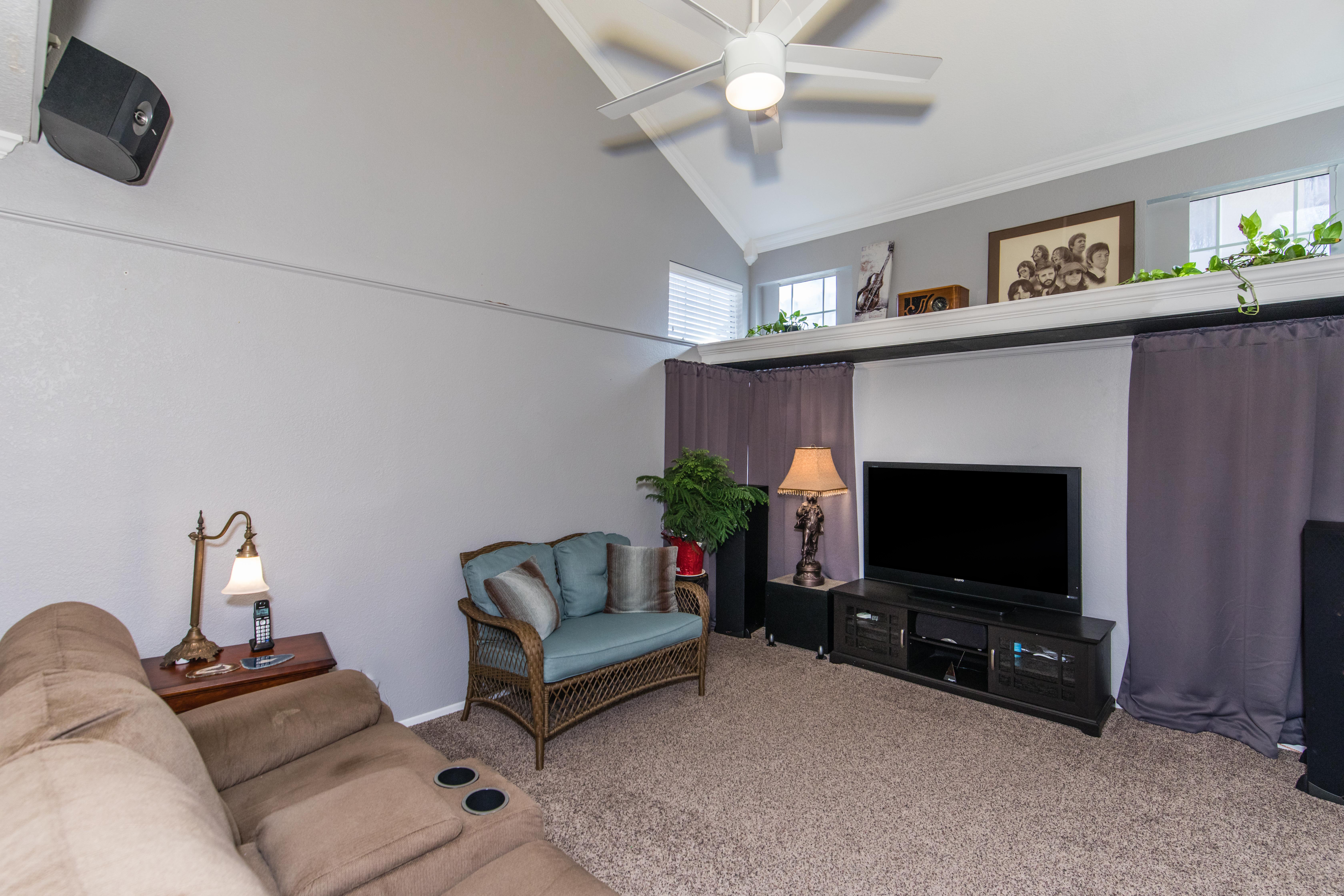 30582 Lake Pointe Dr-int-4