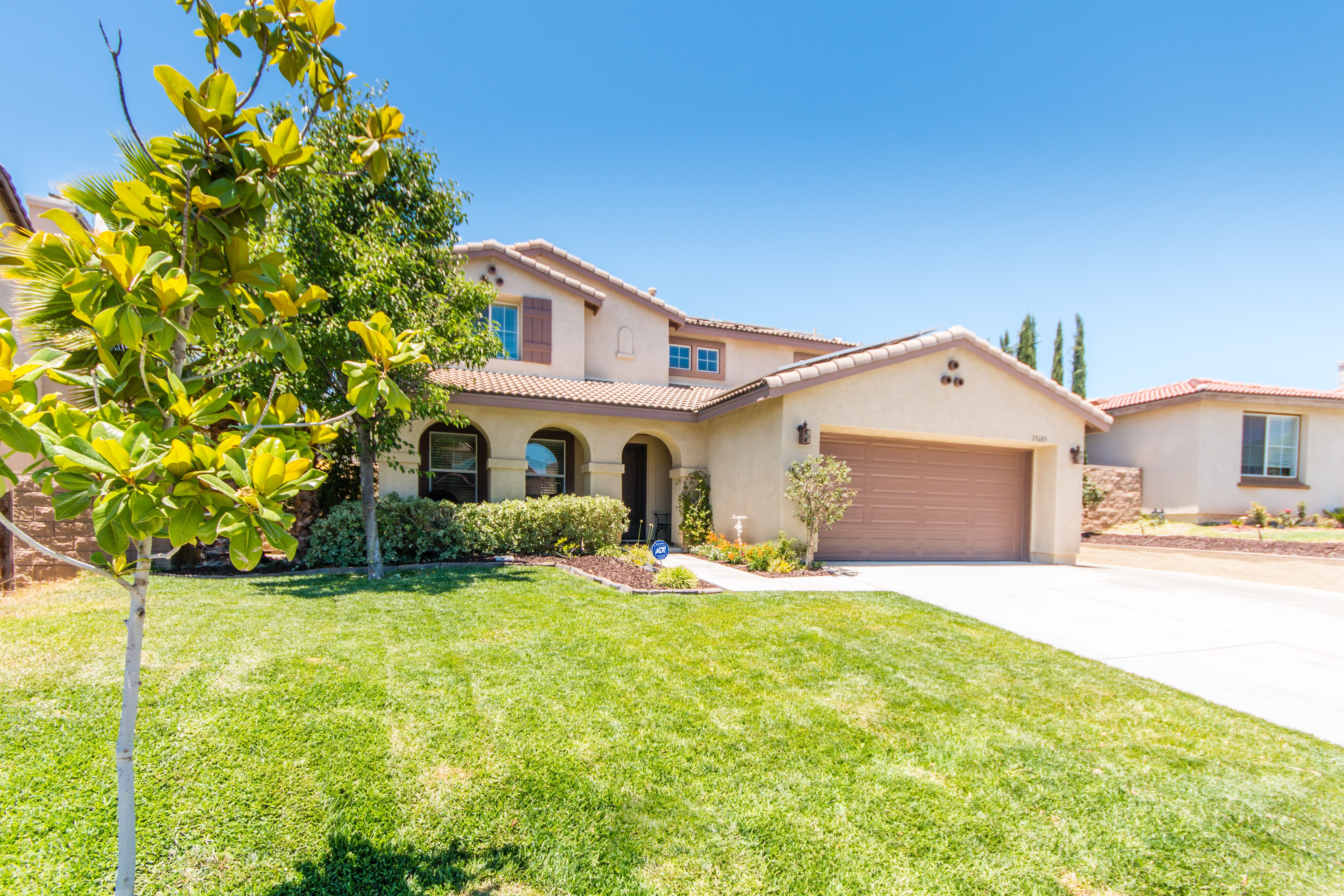 35689 Yellowstone St-ext-9