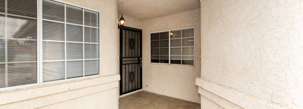 813 Zephyr Cir-ext-3.jpg