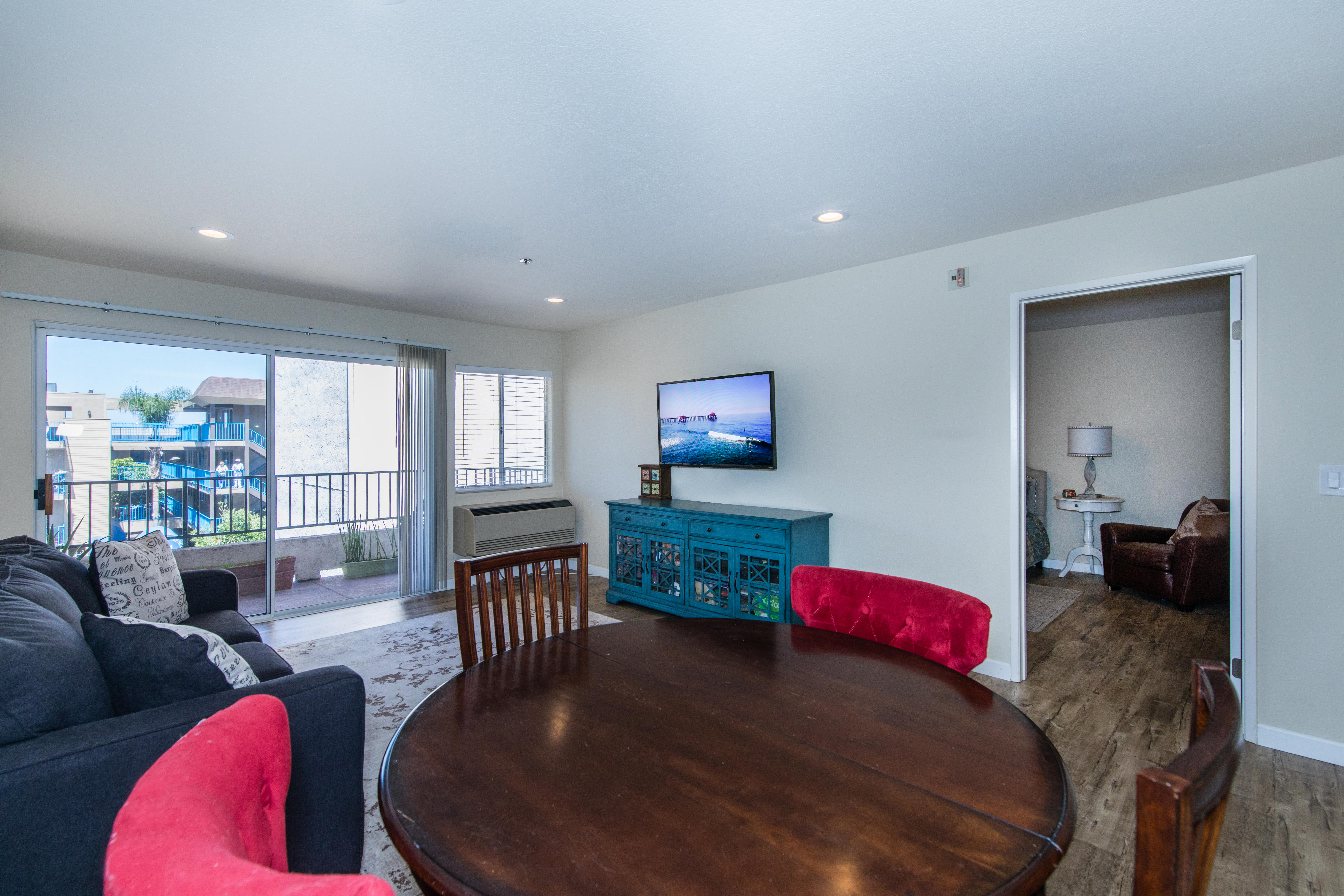 3815 Georgia St #307-int-7