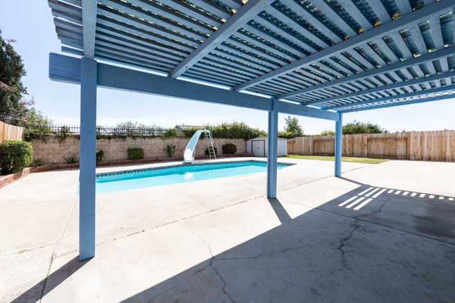 12161 Harclare Dr-ext-7.jpg