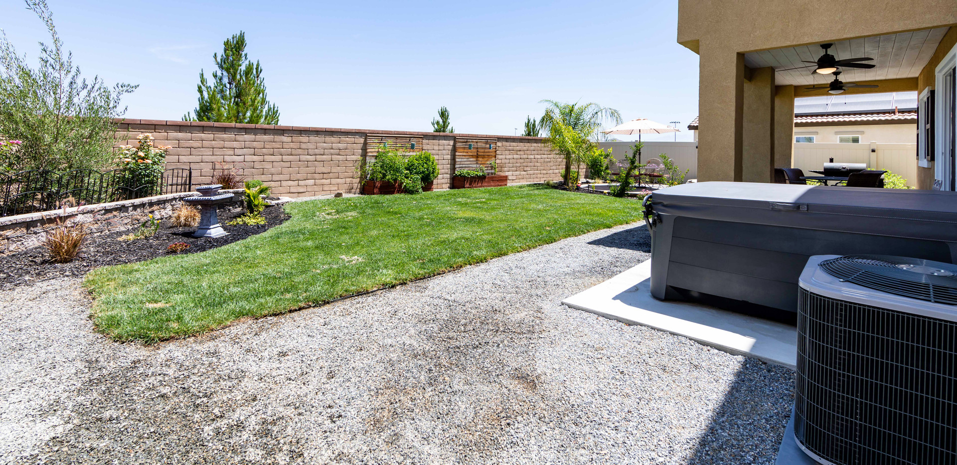 24896 Coldwater Canyon Tr-ext-6.jpg