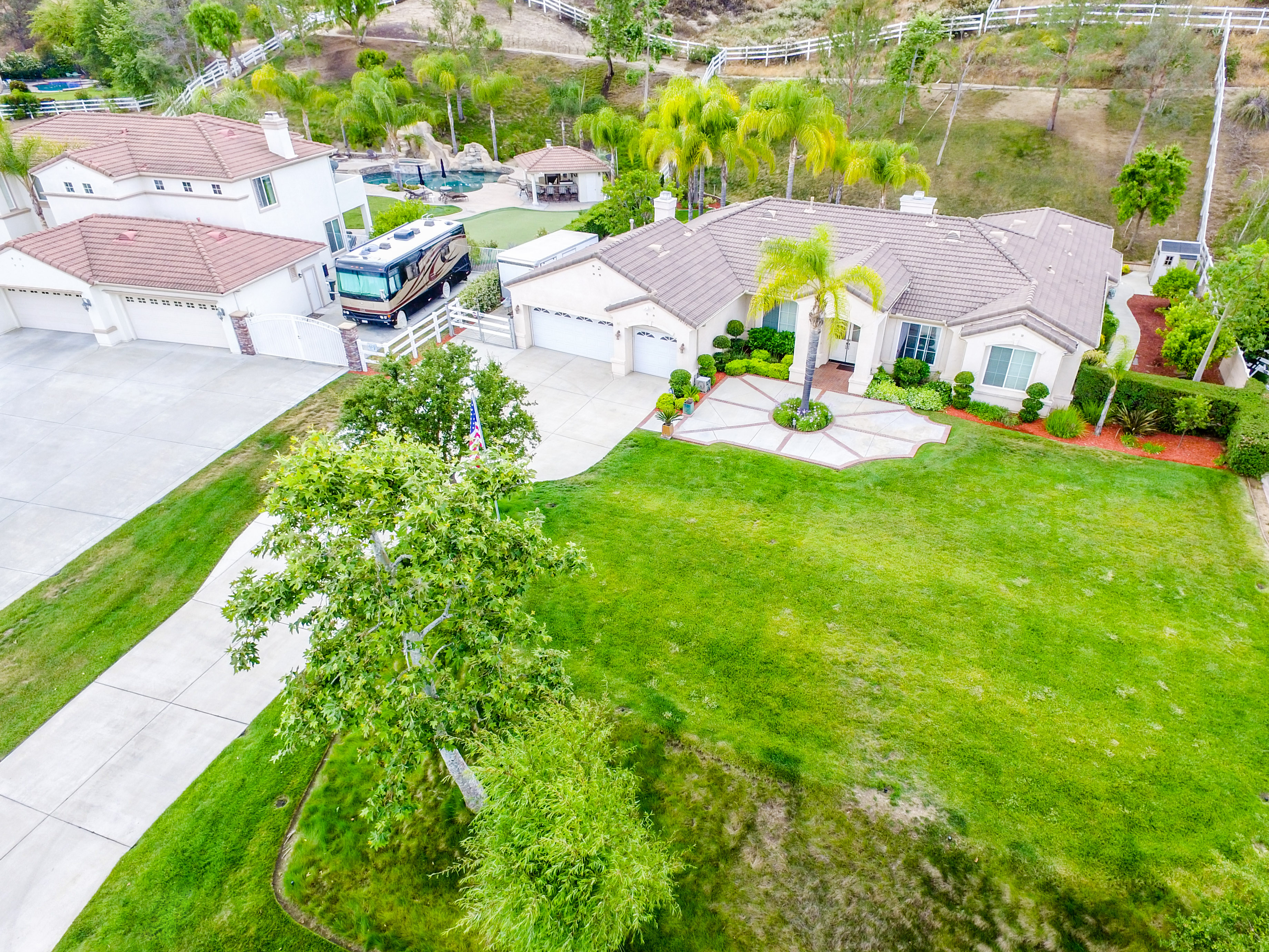 40794 Baccarat Rd-ext-19