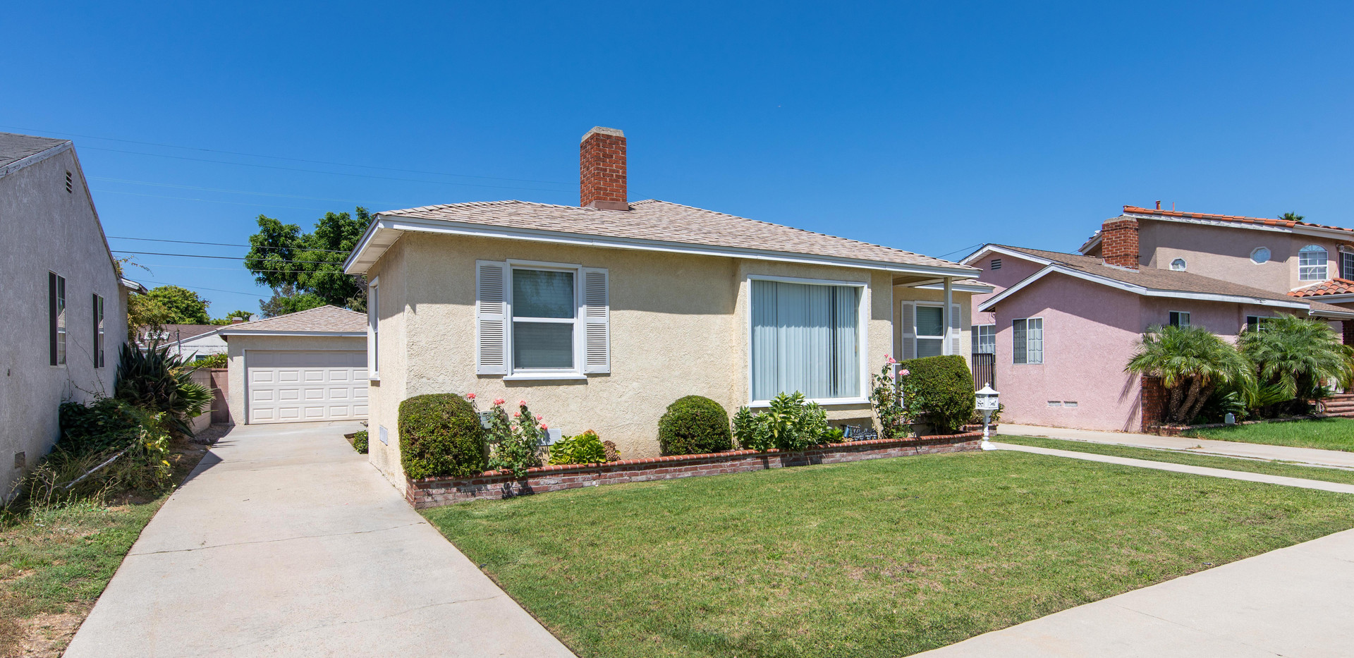 24727 Seagrove Ave-ext-3.jpg