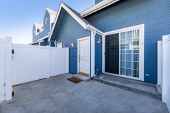219 S Redwood Ave #7-ext-8.jpg