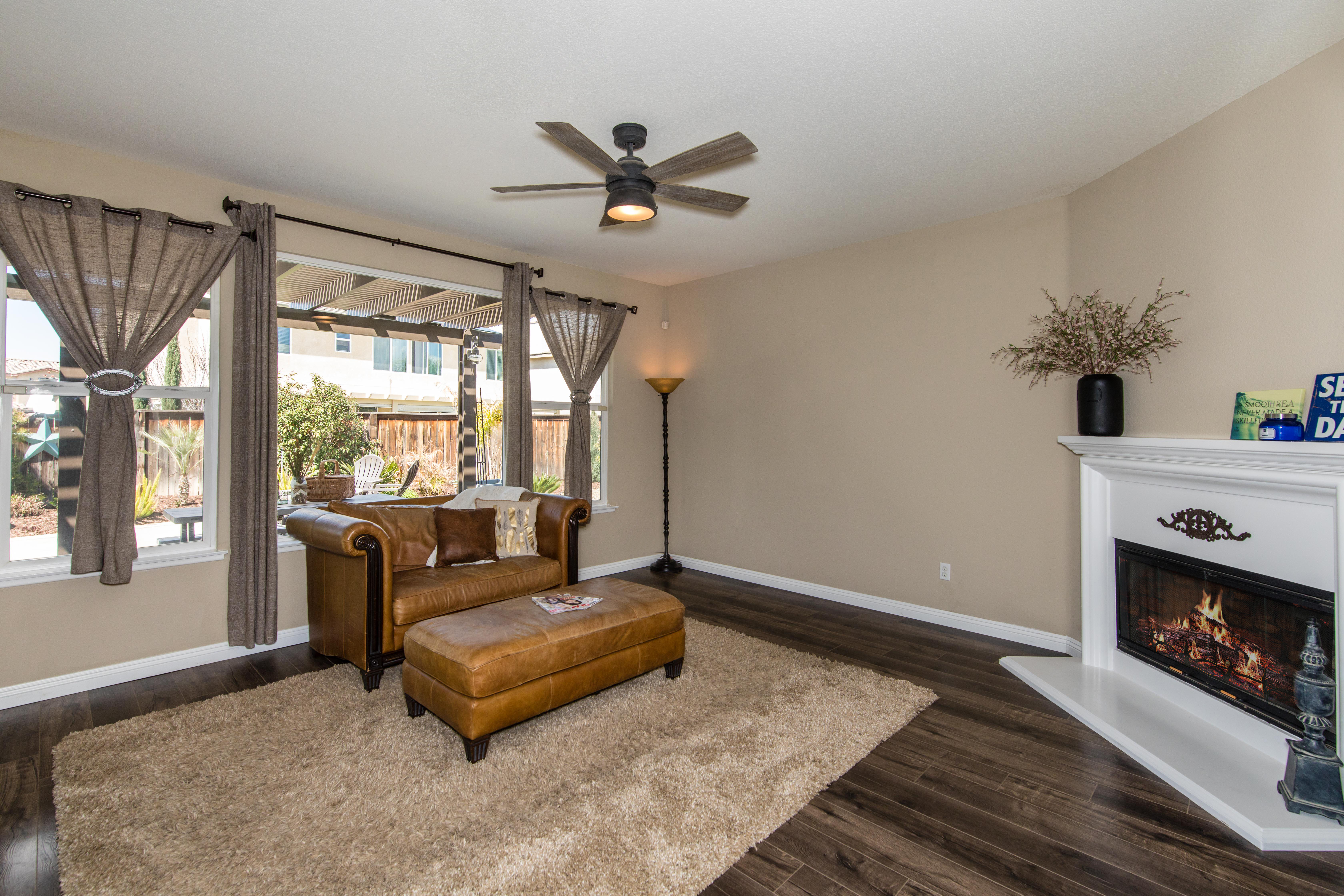32922 Cloverdale Ct-int-8