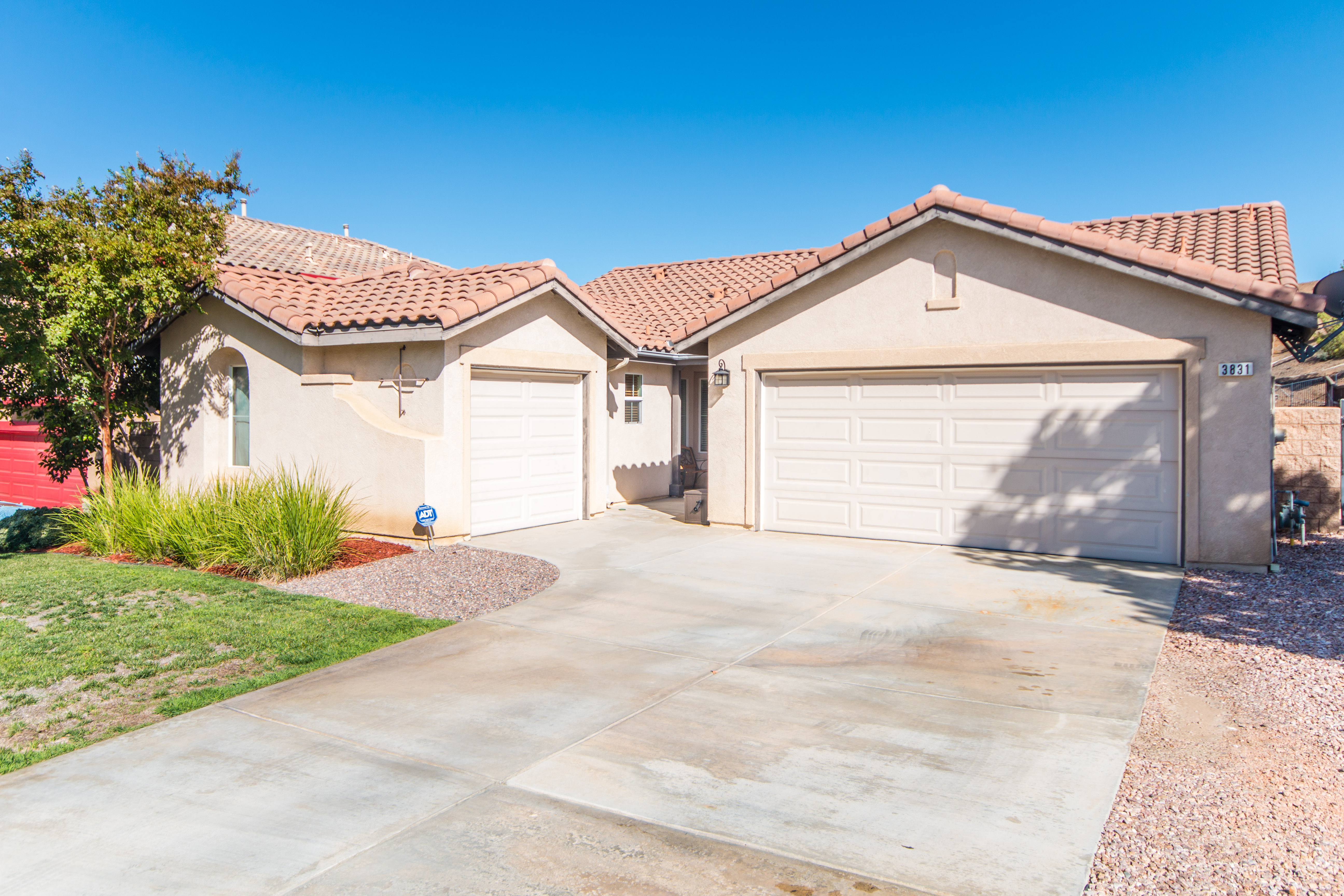 3831 Tanzanite Ct-ext-9