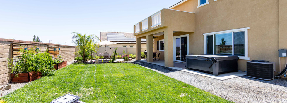 24896 Coldwater Canyon Tr-ext-8.jpg