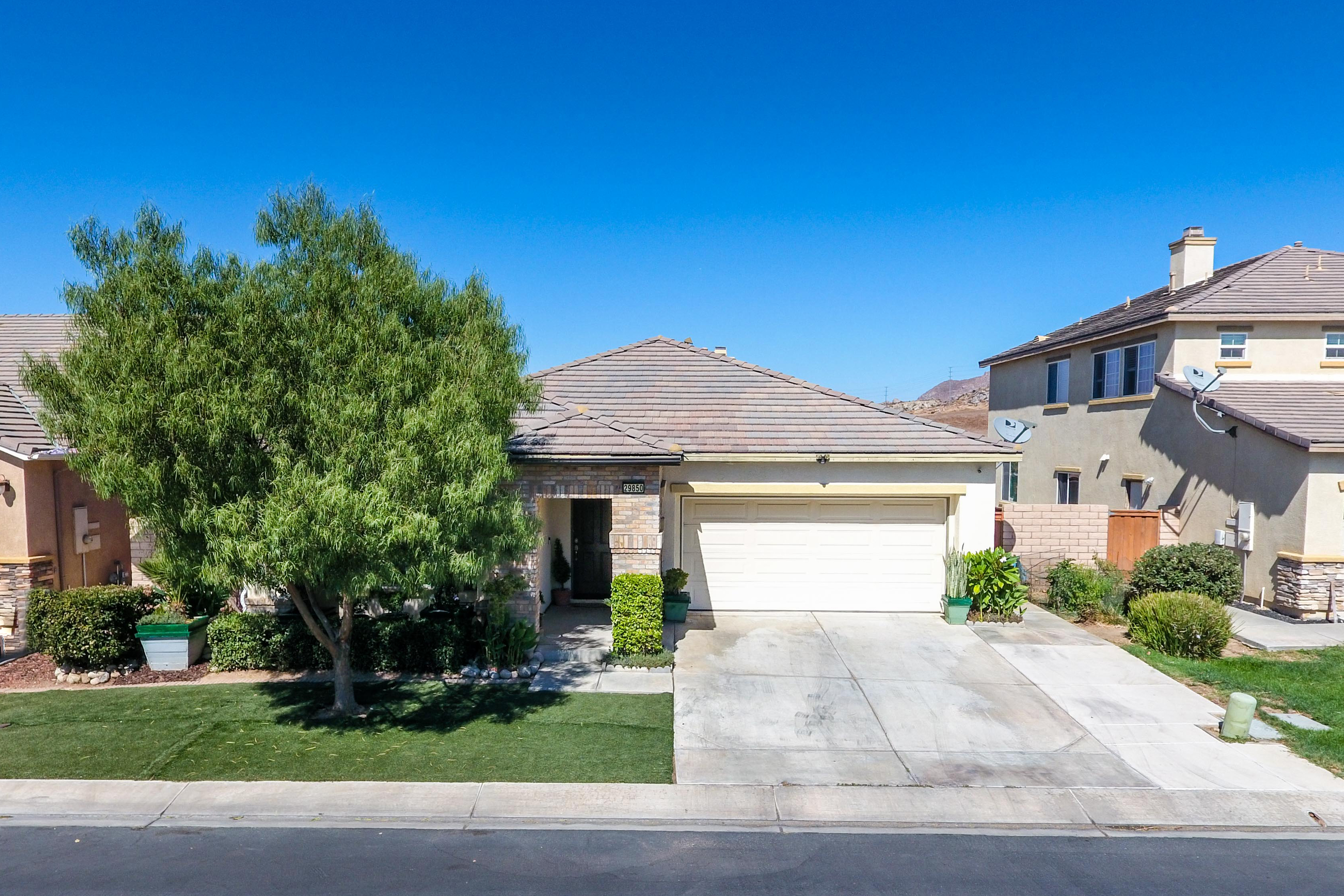 29850 Cottonwood Cove-ext-1