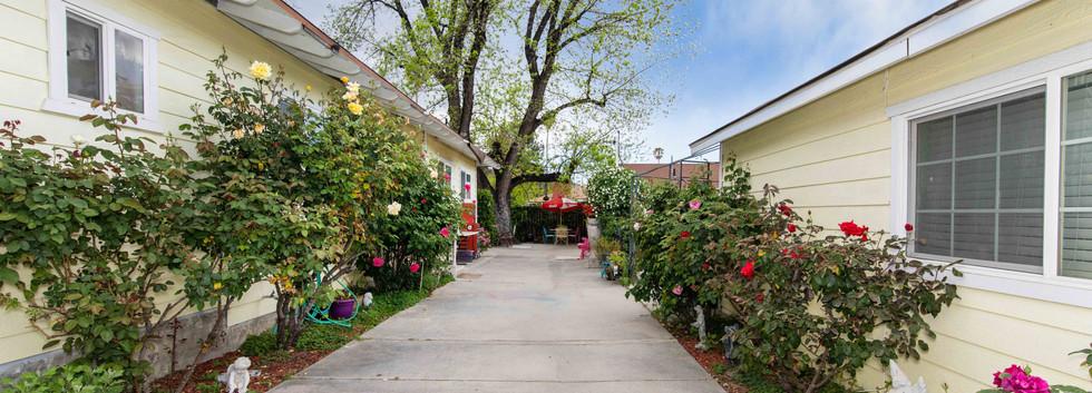 41485 Johnston Ave-ext-10.jpg