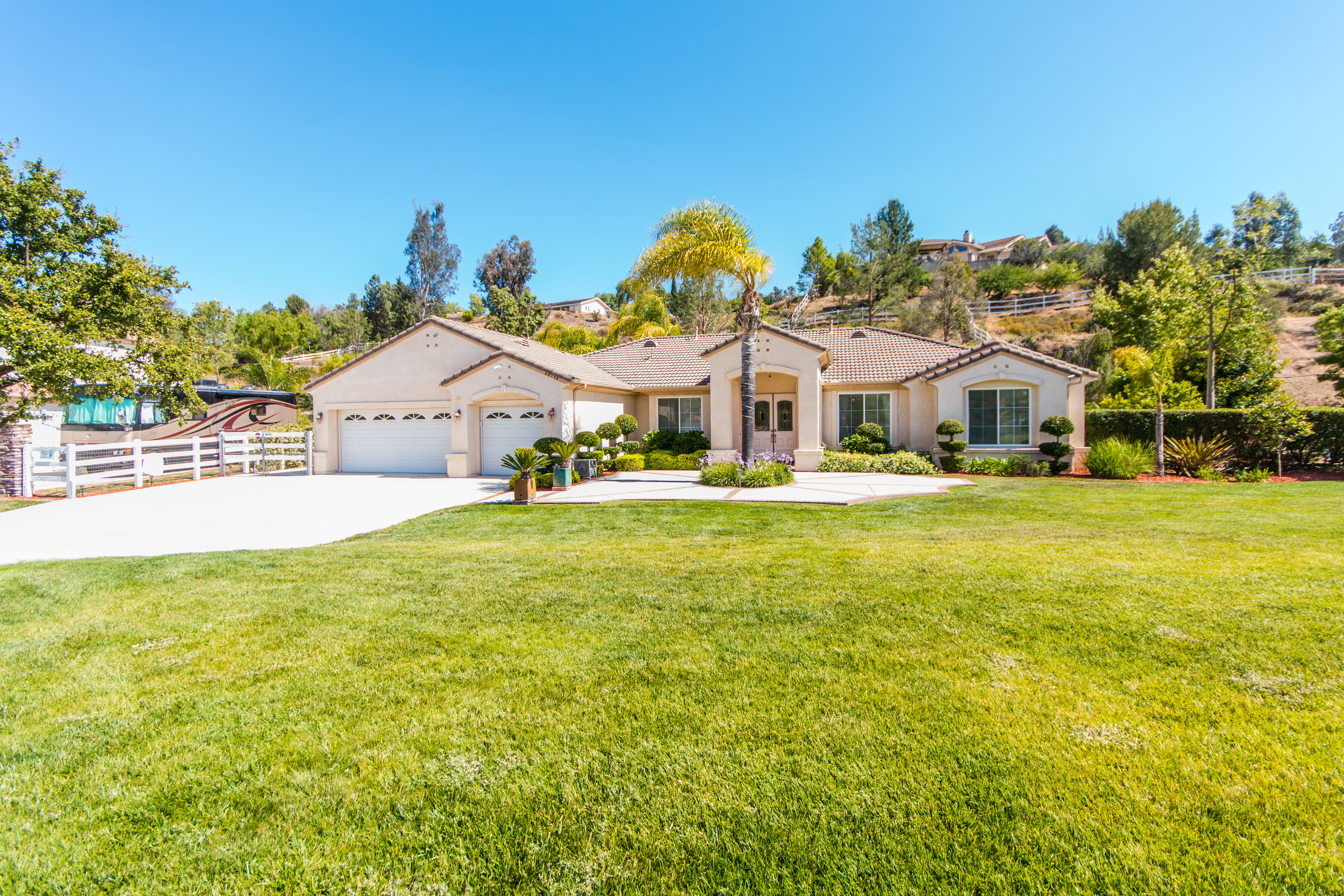 40794 Baccarat Rd-ext-1