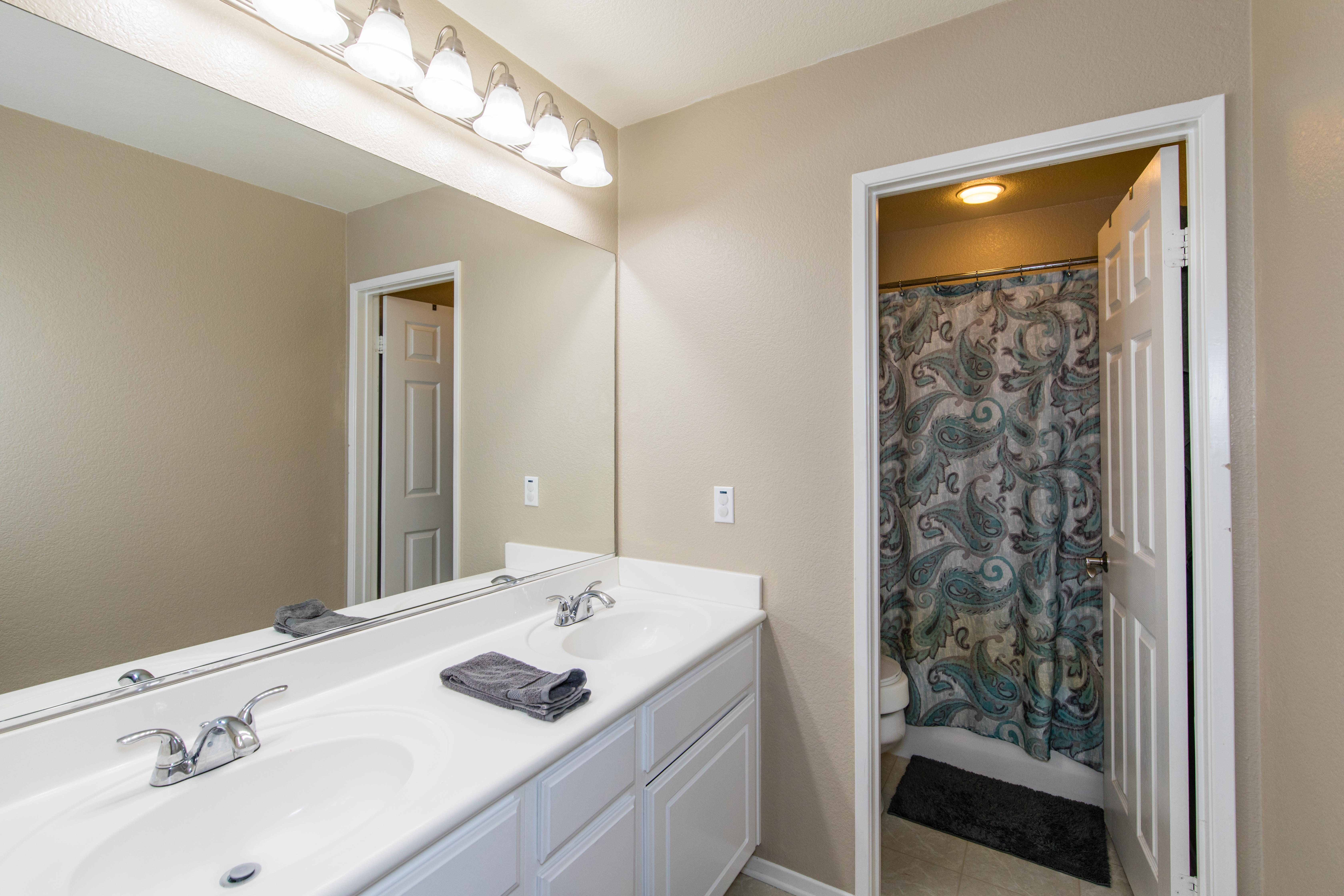 32922 Cloverdale Ct-int-33