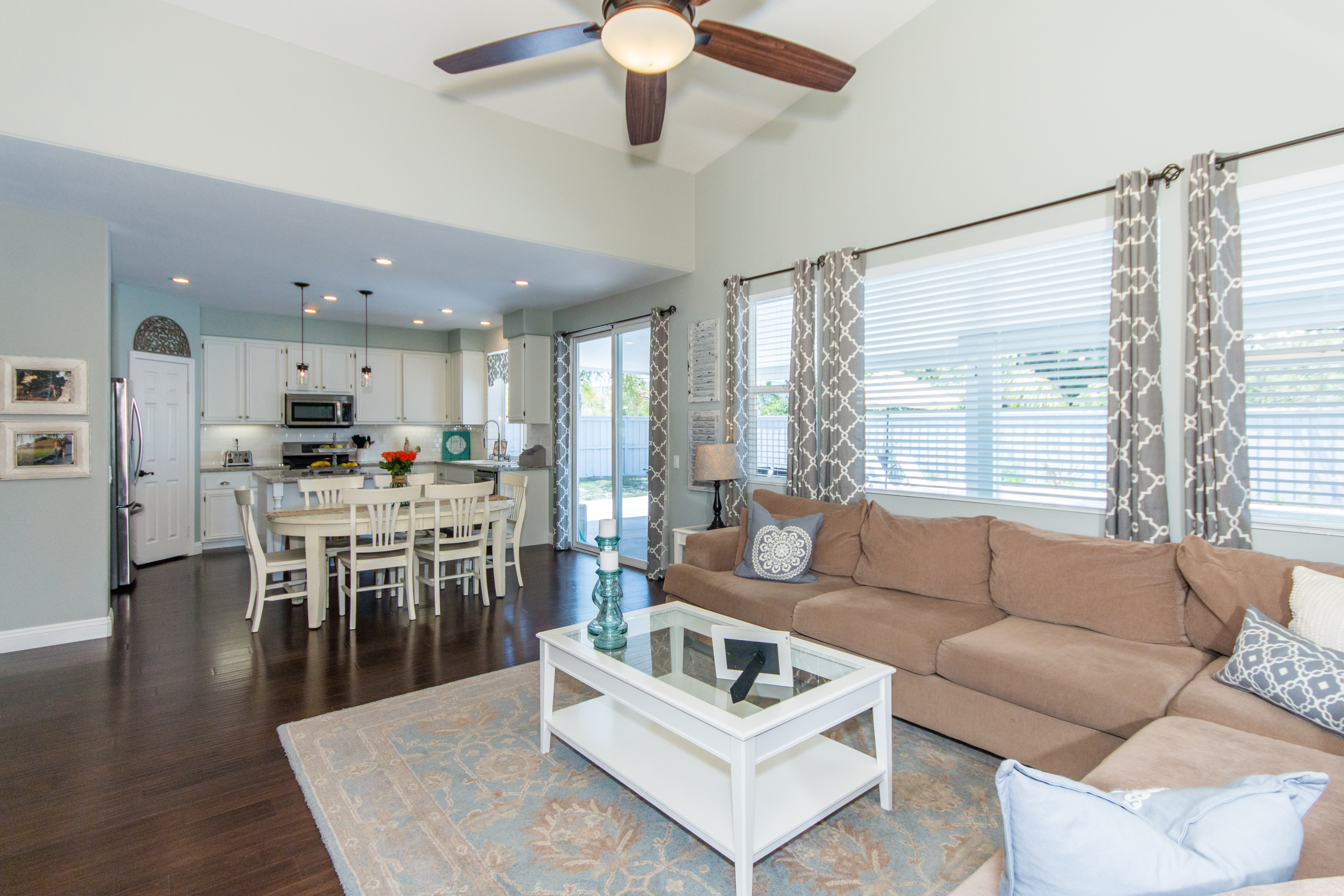 23841 Barberry -int-16