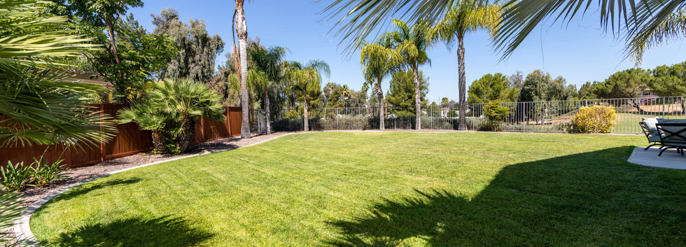 30776 Crystalaire Dr-ext-9.jpg