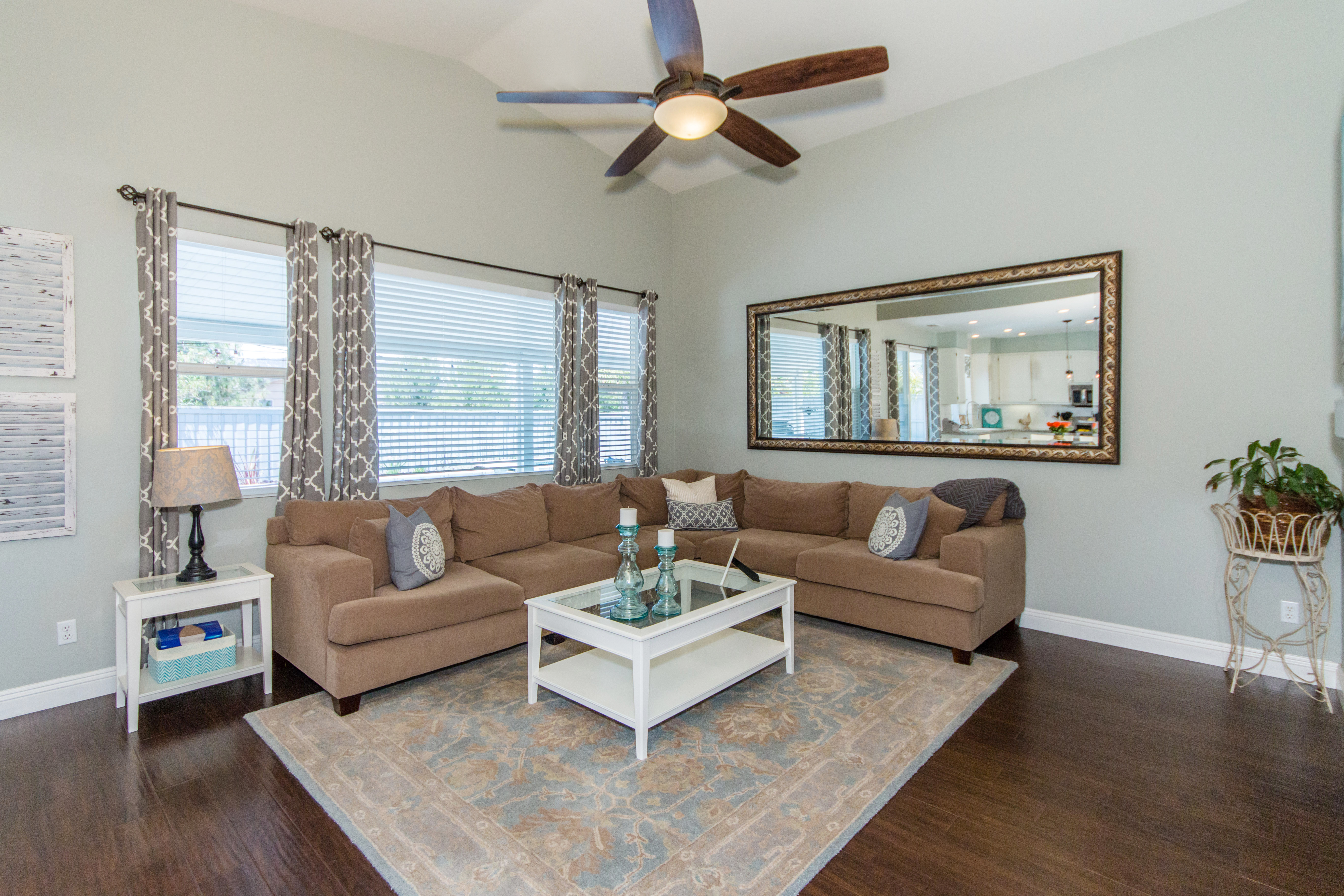 23841 Barberry -int-15