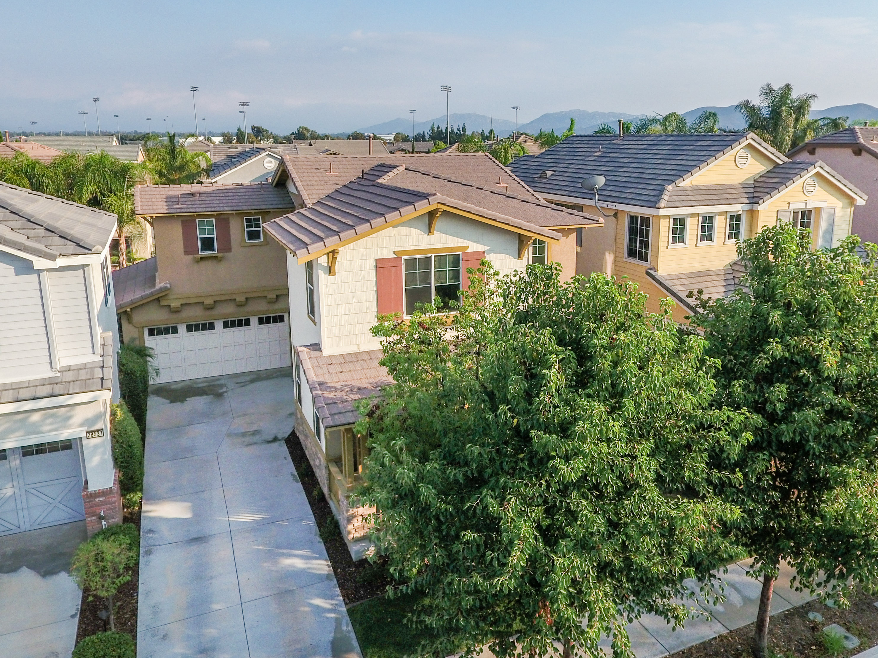 28523 Plymouth Way-ext-8