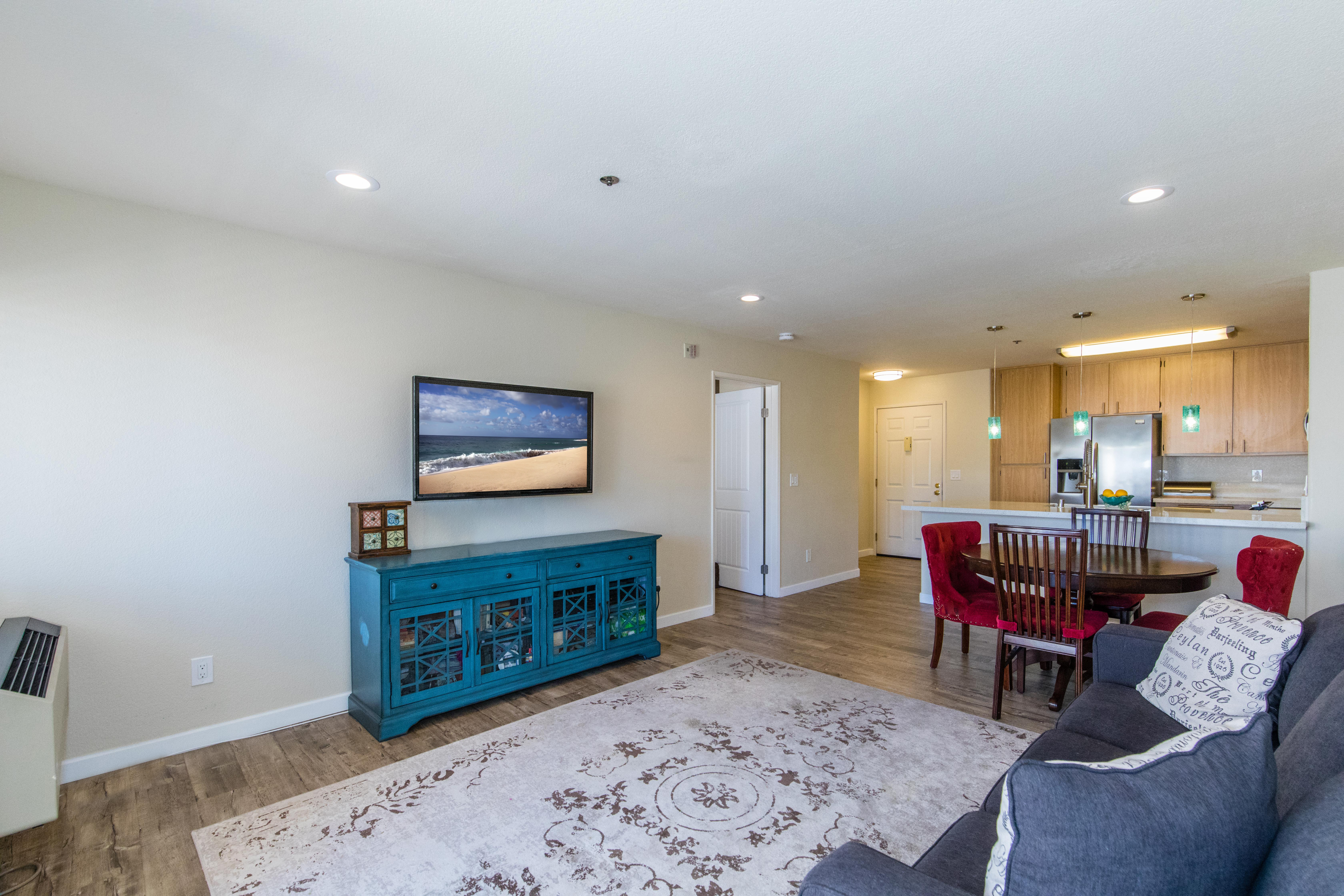 3815 Georgia St #307-int-11