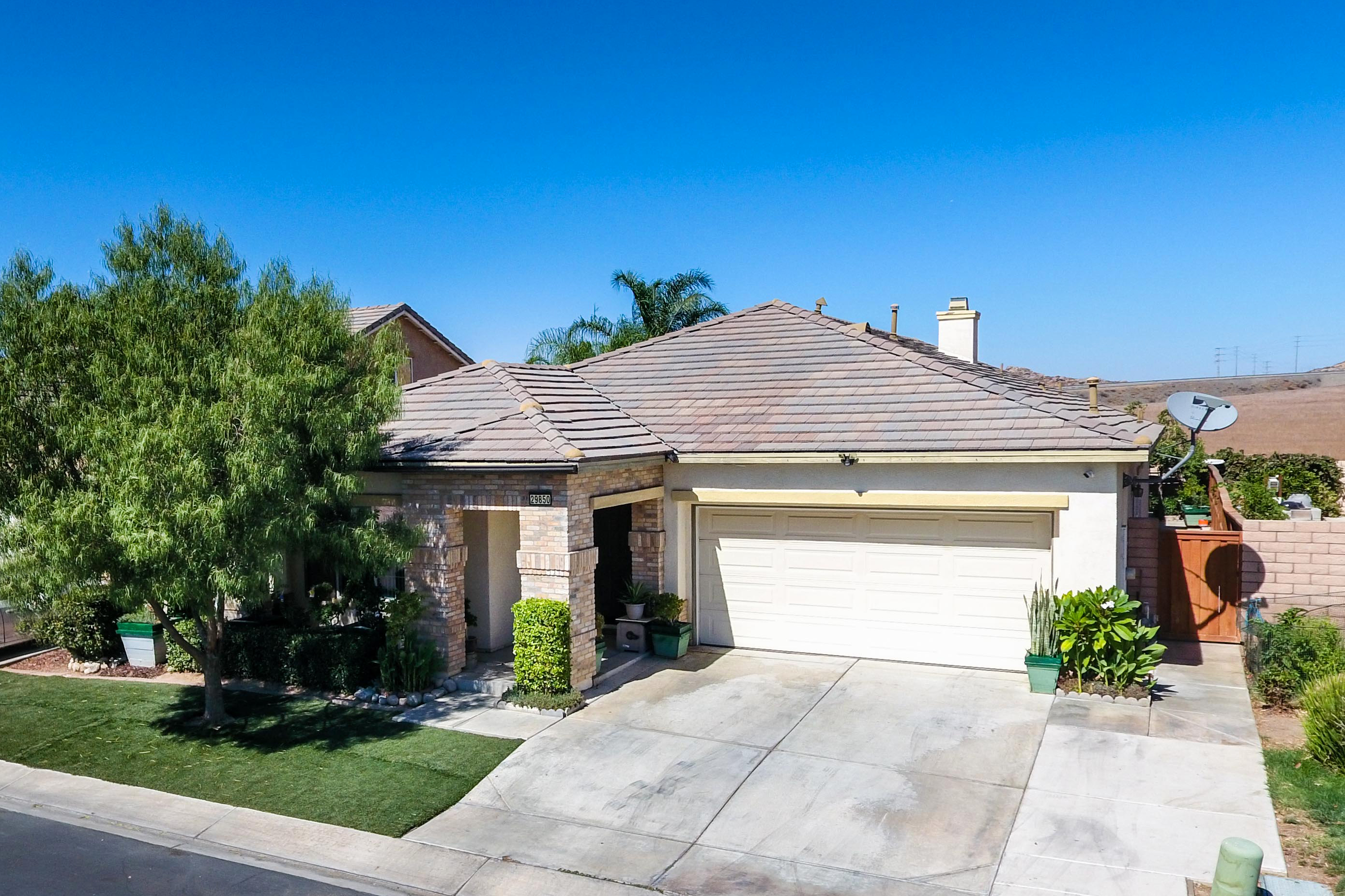29850 Cottonwood Cove-ext-2