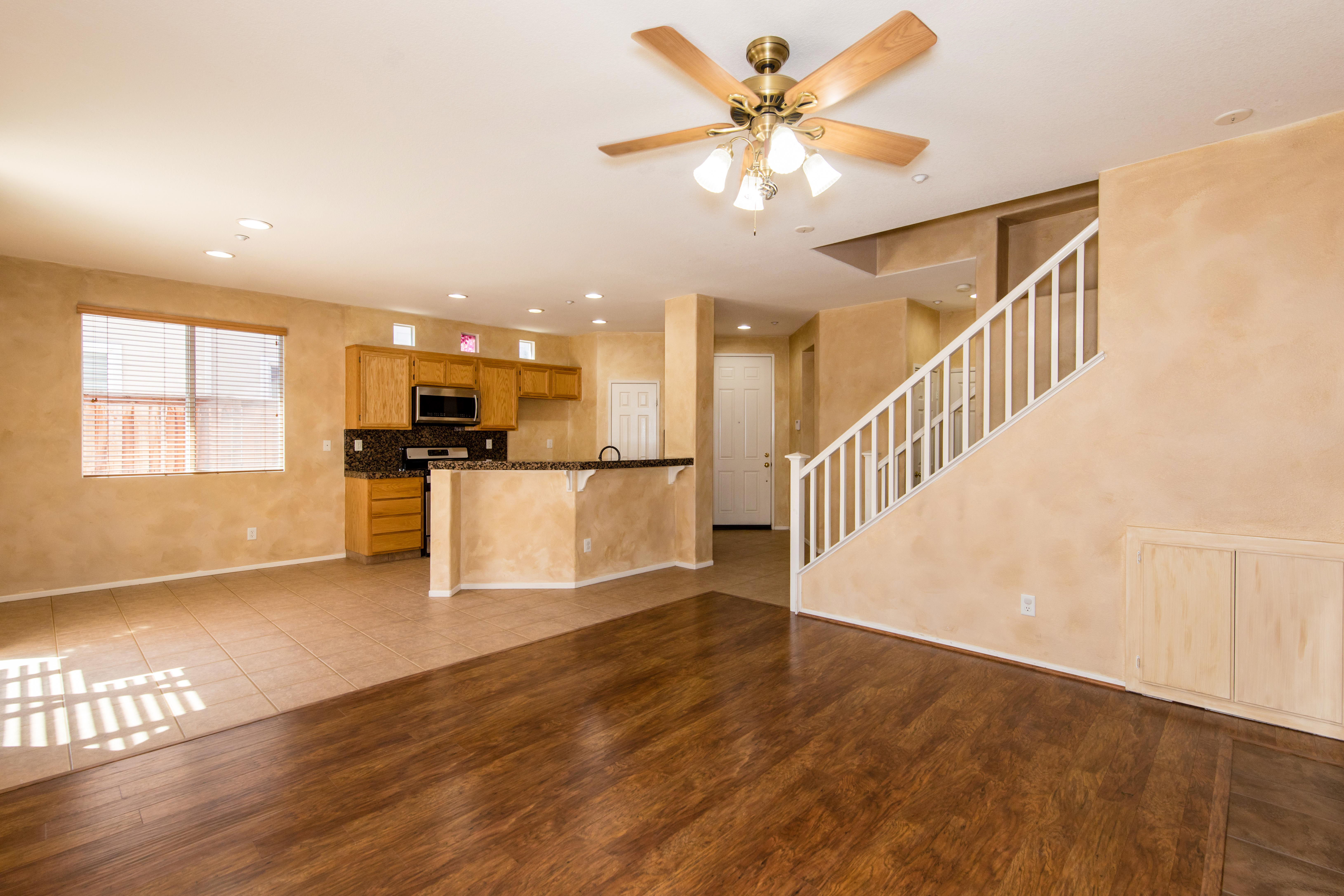 11336 Riverbury Court-int-4