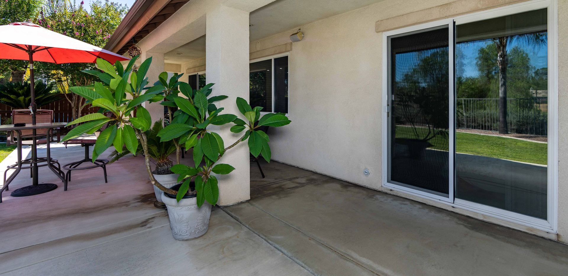 30776 Crystalaire Dr-ext-6.jpg