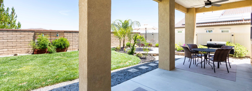 24896 Coldwater Canyon Tr-ext-7.jpg