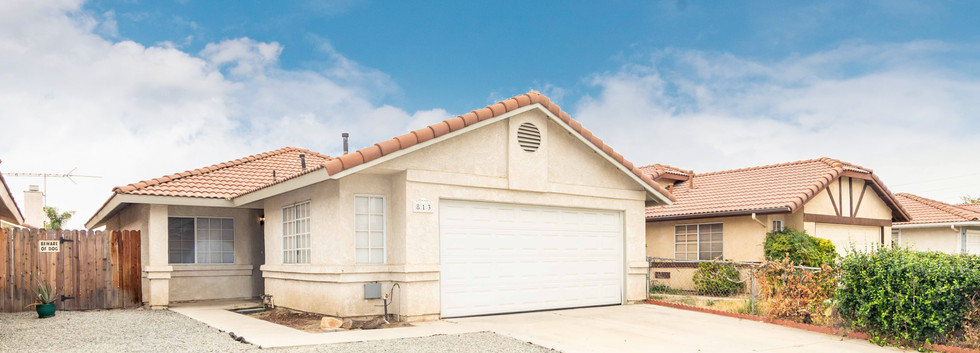 813 Zephyr Cir-ext-1 close.jpg
