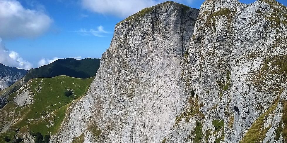 Sumbra, a Big Wall in Apuan Alps
