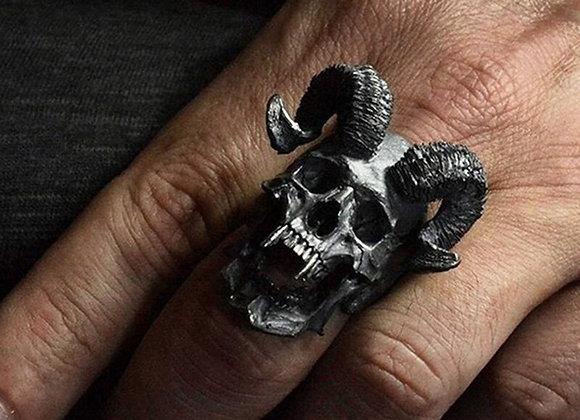 Demonskalle med bockhorn - ring