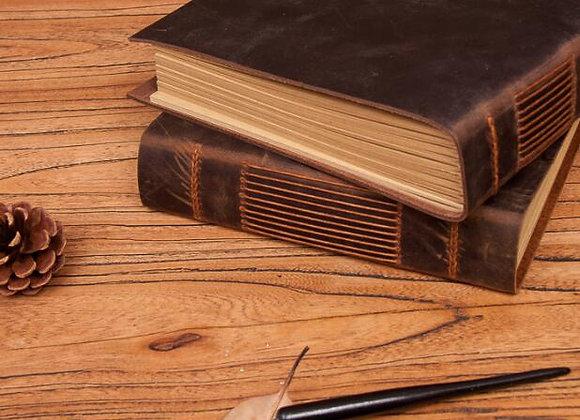 Stadig, enkel bok i läder
