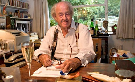 Book Review: The Sound of Trumpets by John Mortimer