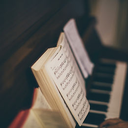 piano-2617007_1920.jpg