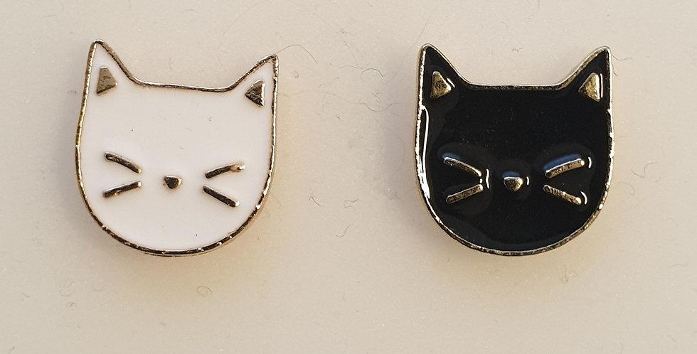 Pin, Sæt med sort og hvid kattehoved