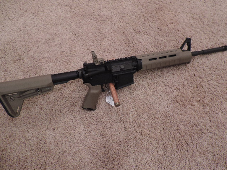 Colt Le6920 Oem1 M4 Carbine W Flat Dark Earth Magpul Furniture Kit