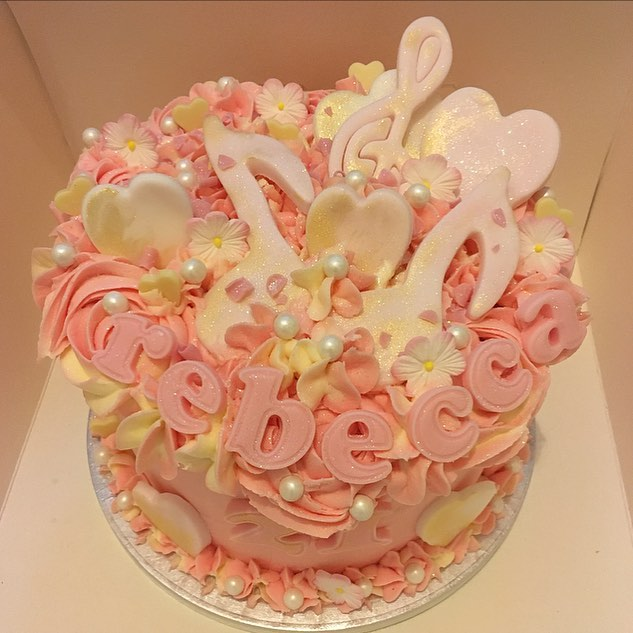 Beautiful pink cake for Rebecca's 21st f