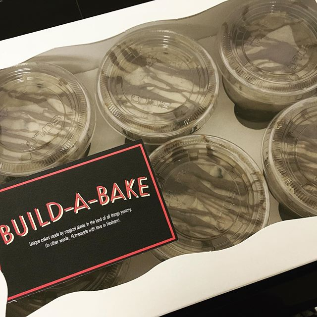 Box of 6 cheesecake pots £15 😛❤️ yum yum yum 🐷🐷🐷