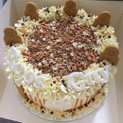 HUGE banoffee cake for Ross & Guy's birt