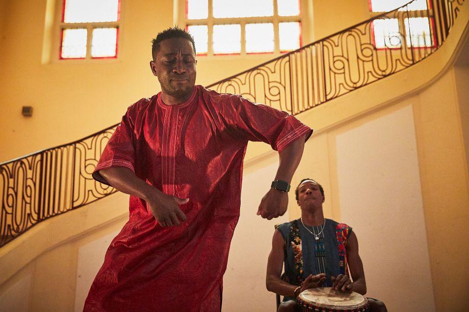 Avec Yacouba Konaté et l'équipe pour le spectacle Le Jeune Yacou