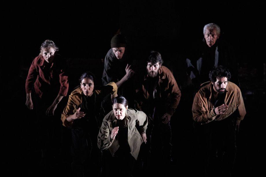 Avec Maëlle Poésy et Kévin Keiss et l'équipe artistique de Sous d'autres cieux.