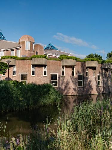Piet Blom gebouw