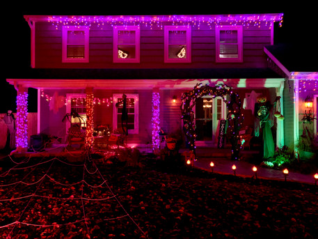 1724 Schey Ct: Spooktacular House of the Day!