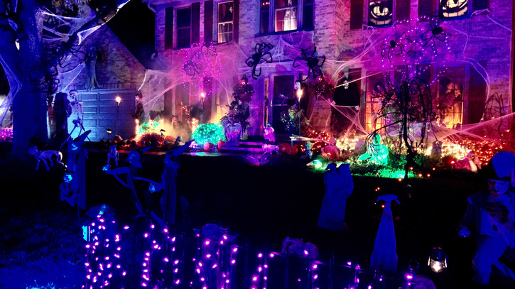 859 Raintree Dr: Spootacular House of the Day!