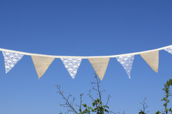 Hessian and lace bunting