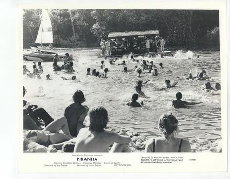 piranha-scene_stills-49.jpg