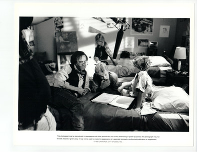 small_soldiers-off_camera-01.jpg
