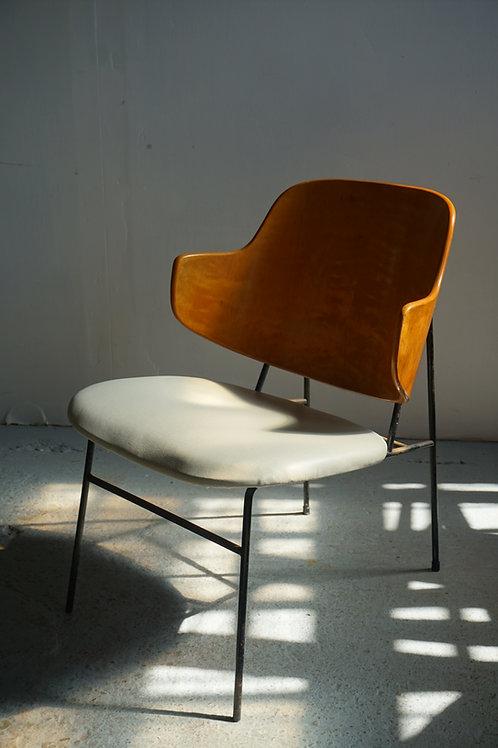 Kofod Larsen 'Penguin' Lounge Chair